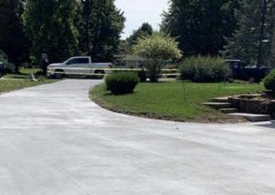 residential-concrete-driveway-wraparound